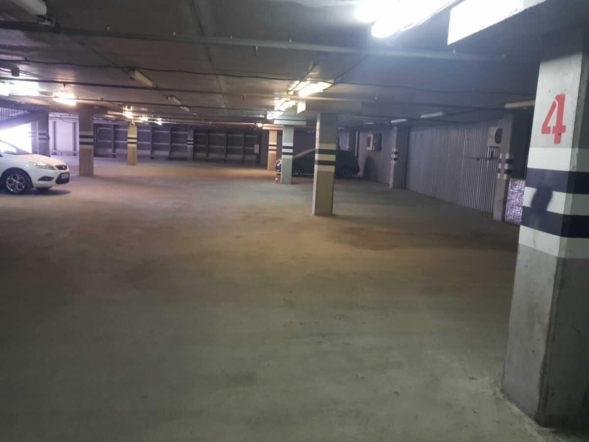 Генеральная уборка паркинга ТЦ «Миллер Центр»